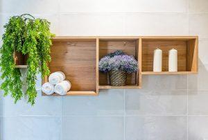 شلف دیواری در سرویس بهداشتی